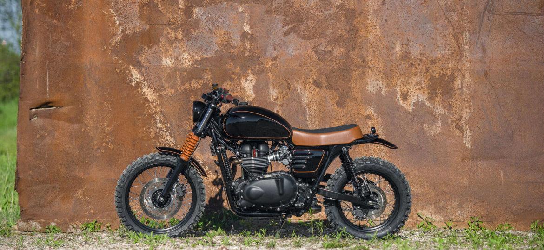 analog-motorcycles-triumph-black-and-tan-small-00231